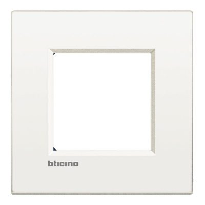 Marco blanco Bticino Living Light Air
